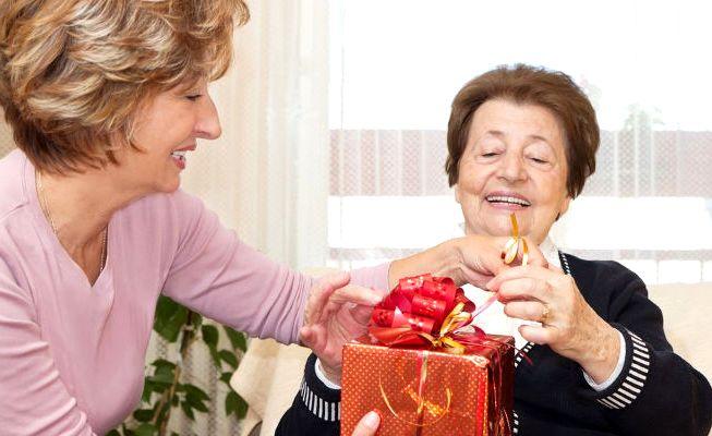 Подарок пенсионеру своими руками