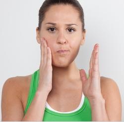 Обвисшие щеки: как подтянуть их и восстановить контур лица изоражения