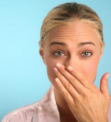 запах изо рта после сна у грудничка