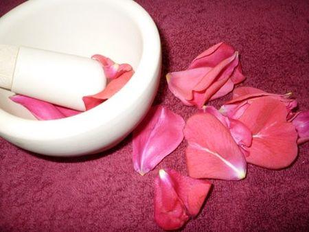 масло из лепестков роз