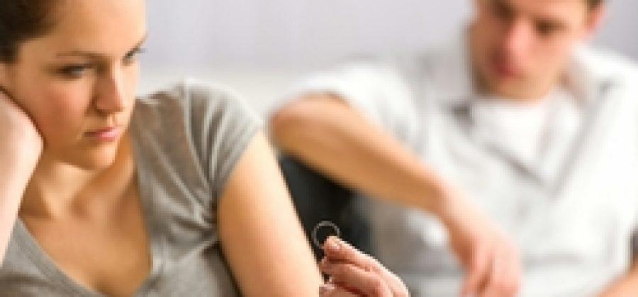 Фамилия после развода: сменить или оставить?