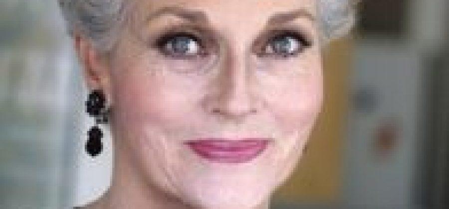 Что выдает возраст женщины?