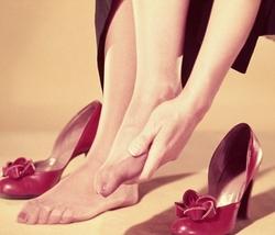 отек ног летом