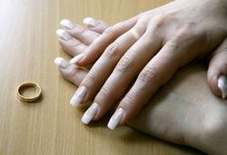 почему отекают пальцы на руках