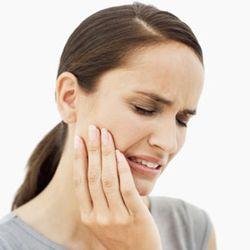 растет зуб мудрости и болит десна