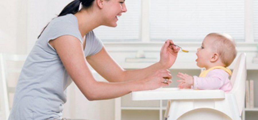 Нужно ли приобретать стульчик для кормления?