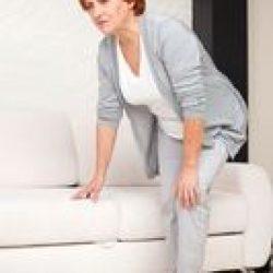 Почему болит колено при ходьбе?