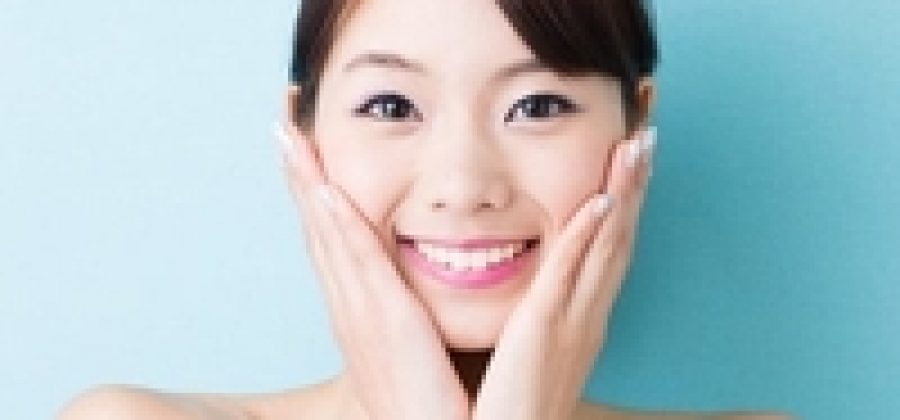 Как делать китайский точечный массаж для омоложения лица?