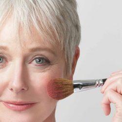 Правильный вечерний макияж для женщины за 40