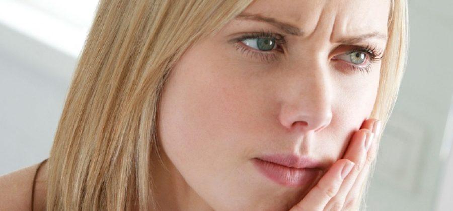 Почему может болеть зуб после лечения кариеса?