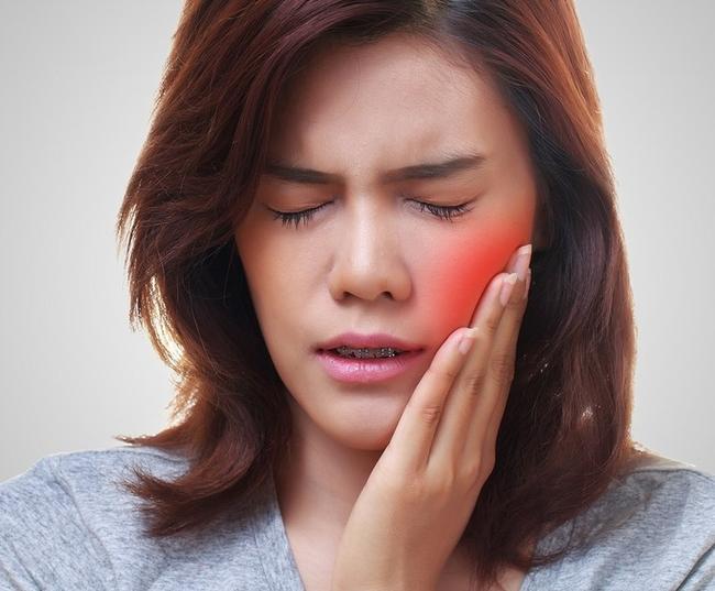 Чем прополоскать рот если болит зуб