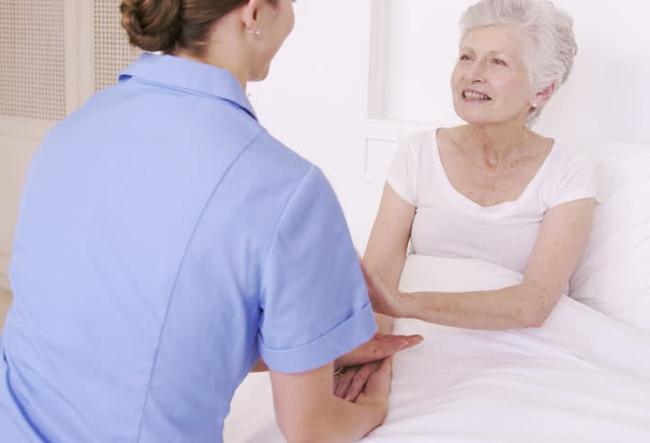 Как восстановить силы после болезни пожилому человеку