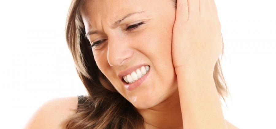 Что делать, если болит ухо внутри у взрослого?