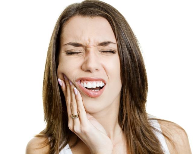 Что делать после отбеливания зубов
