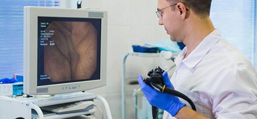Как делают колоноскопию при геморрое— и всегда ли можно?