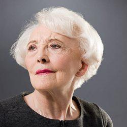 Как стать красивой женщине в 60 лет?