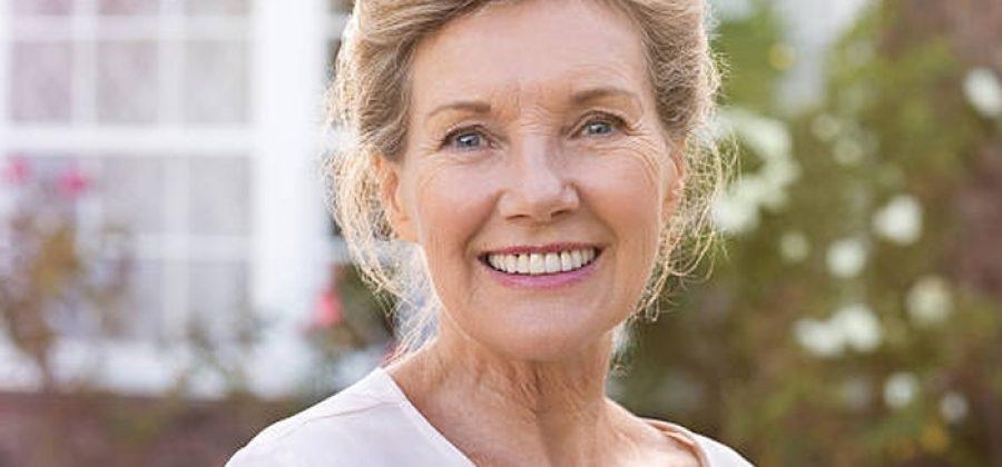 Как правильно ухаживать за лицом, если вам 60 лет?