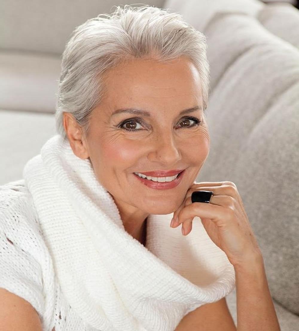 волосы в 60 лет уход, стрижки, седина