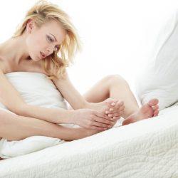 Как вылечить синдром беспокойных ног в домашних условиях?
