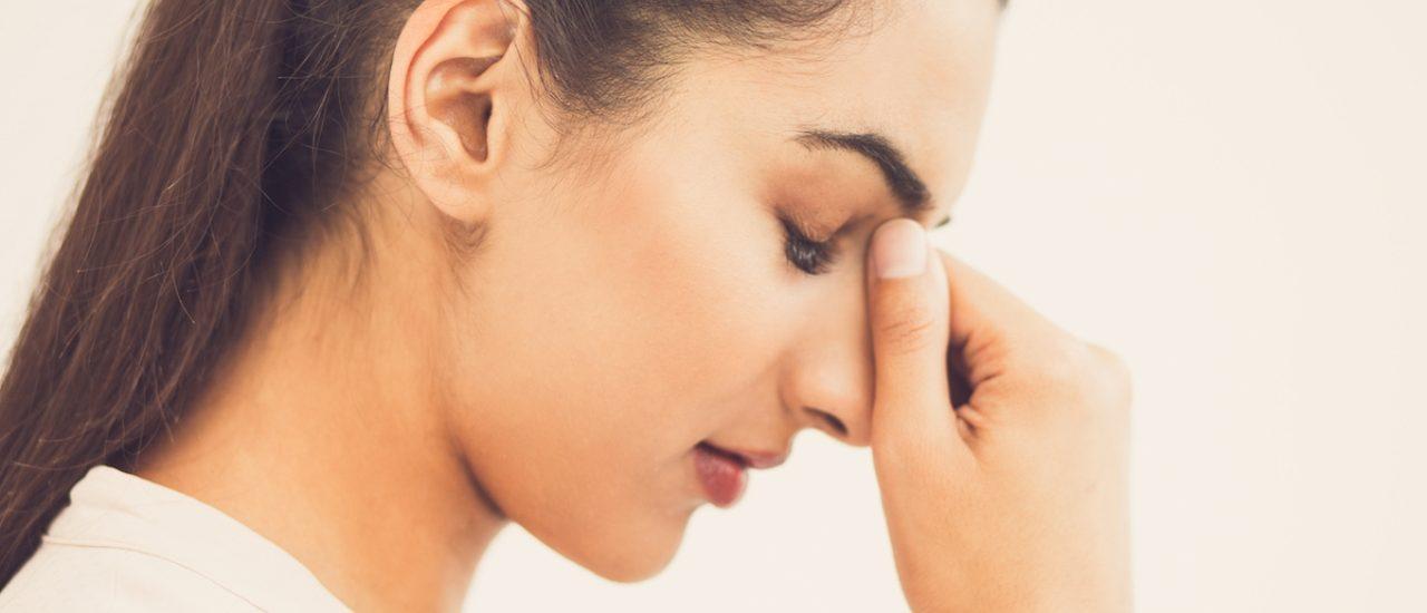 Почему лицо становится отёкшим? Как избавиться от одутловатости?