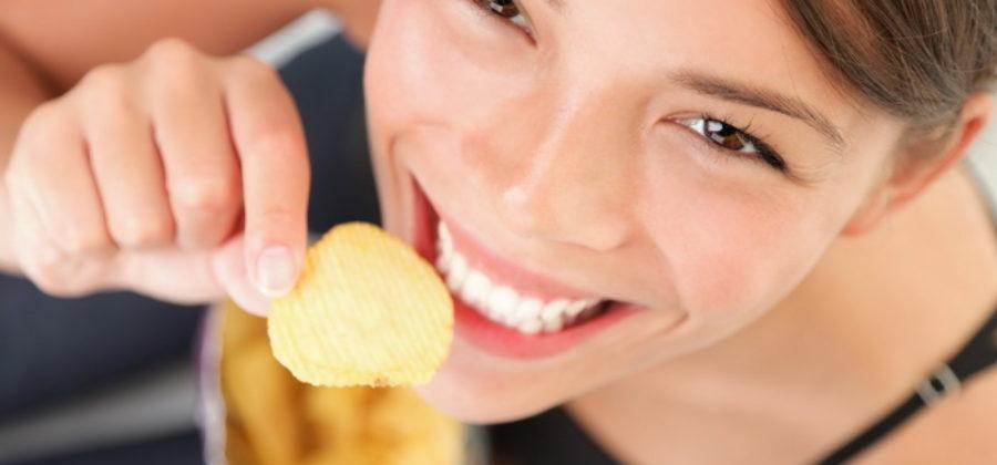 Чем вредны чипсы для организма и сколько можно съесть без вреда