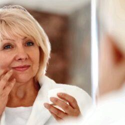 Как избавиться от отеков лица, глаз и ног после 50 лет