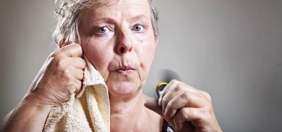 4 способа избавиться от старческого запаха тела женщине и мужчине
