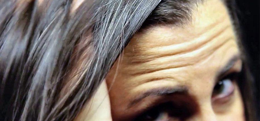 10 средств, чтобы остановить поседение волос у женщин